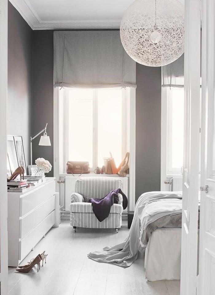 déco-cool-en-blanc-idee-chaussures-lit-idée-à-faire