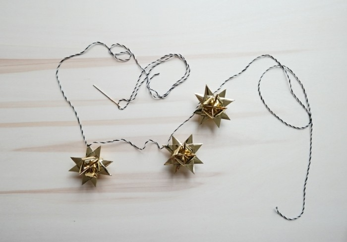 décoration-de-noel-guireland-papillons-cool-ruban-cadeaux