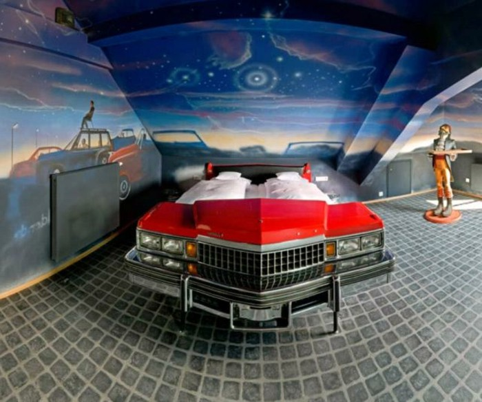 déco-lit-voiture-lit-enfant-voiture-lit-voiture-bleu-lit-voiture-enfant-réel-voiture
