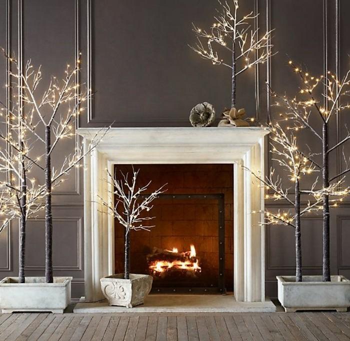 decoration-avec-guirlandes-lumineuses-joli-salon-avec-mursgris-sol-en-planchers-en-bois