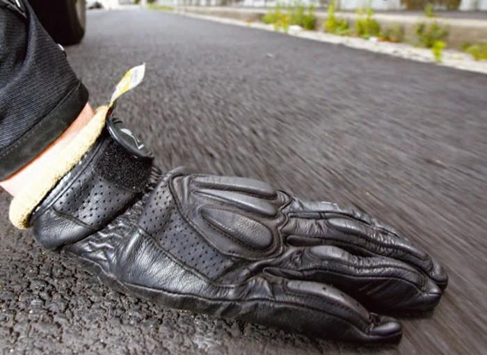 design-gants-moto-hiver-gant-moto-chauffant-cool-sur-la-route