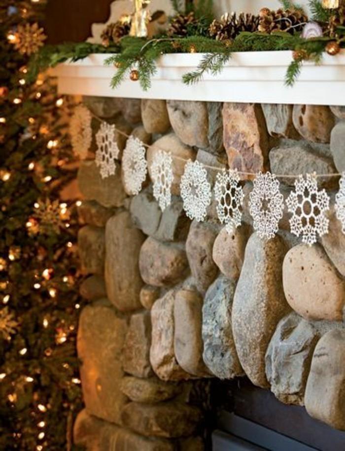diy-idee-guirlande-de-noël-gifi-deco-noel-guirlande-decoraion-pour-la-cheminee