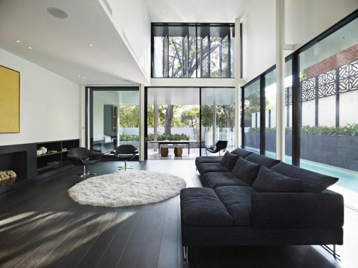 entretien-terrasse-ipe-lames-terrasse-ipe-maison-contemporaine-intérieur-noir-et-blanc