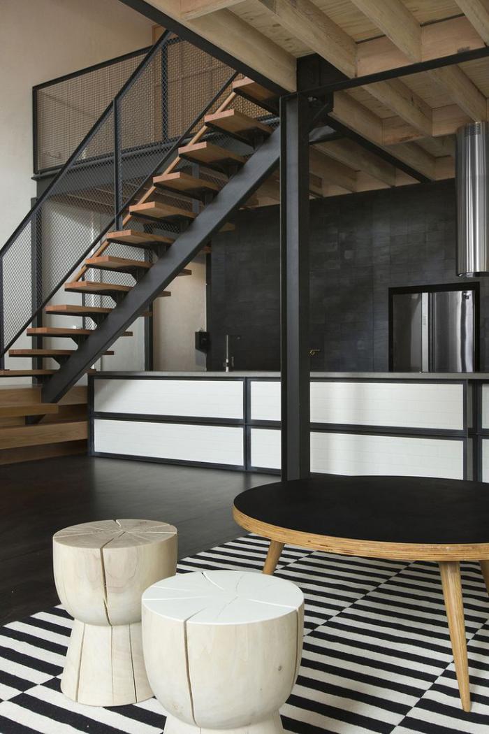 Escalier en bois et acier limon central et garde corps for Escalier d interieur
