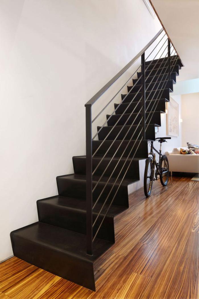 escalier-métallique-escalier-droit-industriel