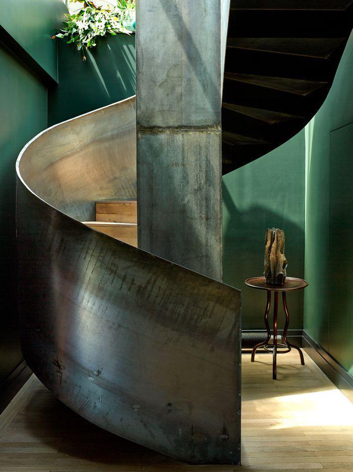 escalier-métallique-garde-corps-d'escalier-en-acier