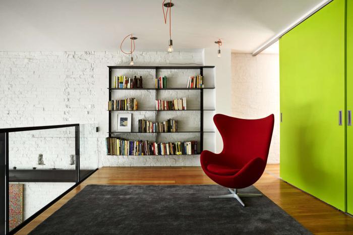 fauteuil-oeuf-modèle-rouge-glamoureux-chaise-jacobsen