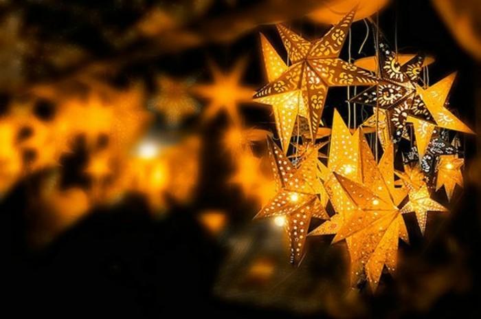 formidable-cool-cadeau-a-fabriquer-décoration-table-noel-beau-eclairage