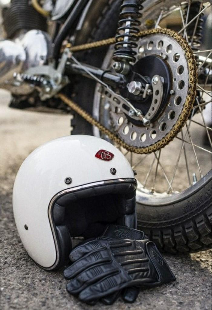 gant-de-moto-cool-idée-gants-scooter-originaux-deux-rues