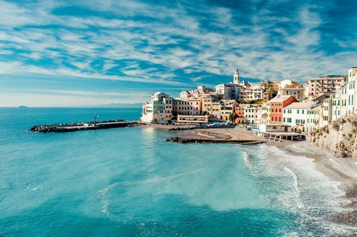 genoa-les-plus-belles-villes-d-italie-à-visiter-au-bord-de-la-mer-resized