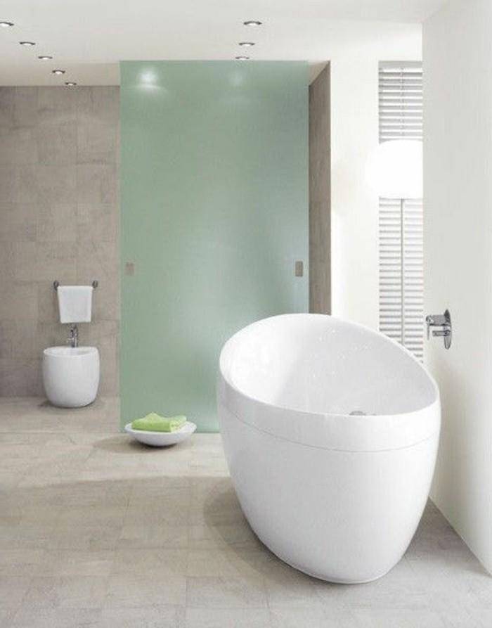 idée-déco-baignoires-baignoire-ovale-baignoires-design-blanc-egg