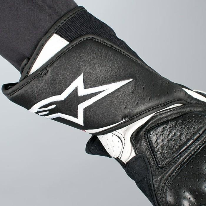 idée-gant-moto-cross-gant-alpinestar-alpinestar-noir-et-blanc