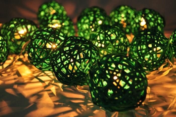 idée-guirlande-lumineuse-boule-guirlande-boule-lumineuse-guirlande-lumineuse-boule