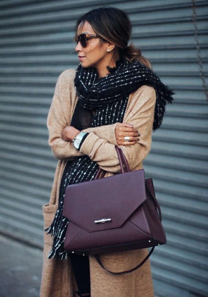 idée-tenue-gilet-long-sans-manche-femme-tenue-de-jour-viktoria-beckham