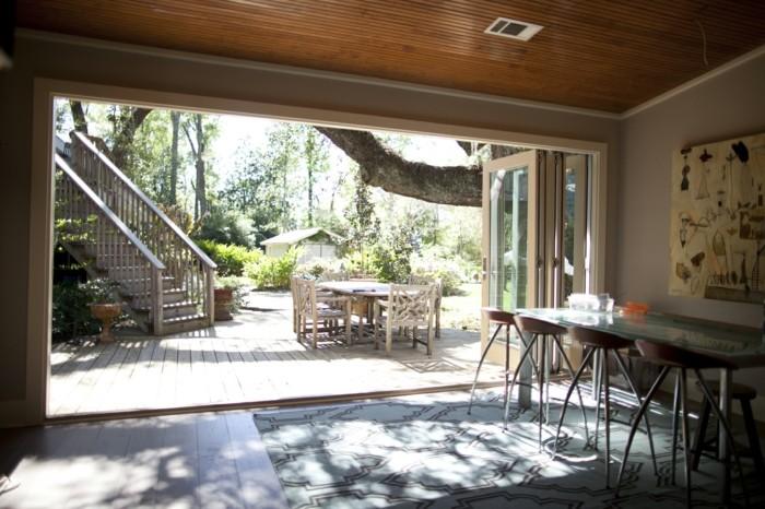 jolie-idee-avec-porte-kz-pliante-et-porte-pliante-leroy-merlin-vers-le-jardin-pour-votre-maison