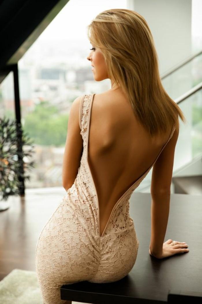 jolie-robe-beige-en-dentelle-robe-habillée-pas-cher-robe-de-soire-pour-le-nouvel-an