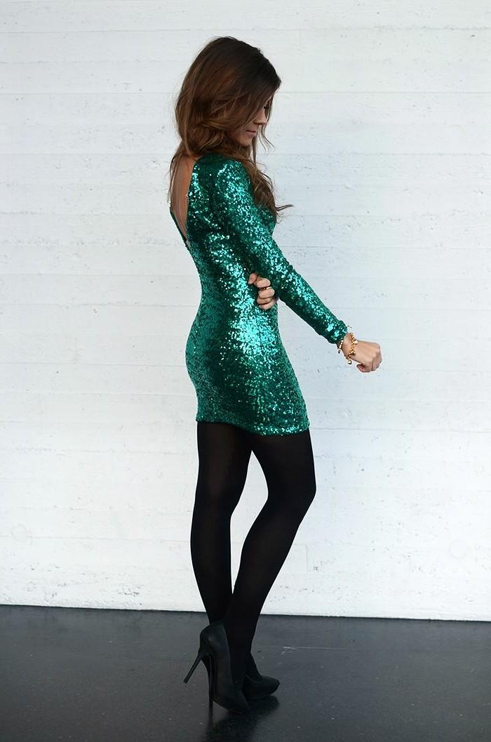 jolie-robe-paillette-robe-de-soirée-mango-robe-pour-le-nouvel-an-de-couleur-verte