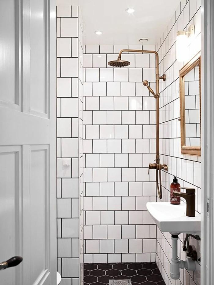 La salle de bain noir et blanc les derni res tendances for Modele salle de douche
