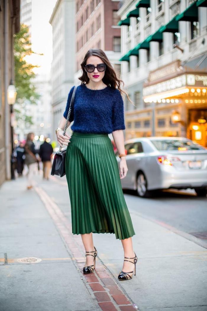 jupe-plissée-midi-longue-blouse-originale-bleue