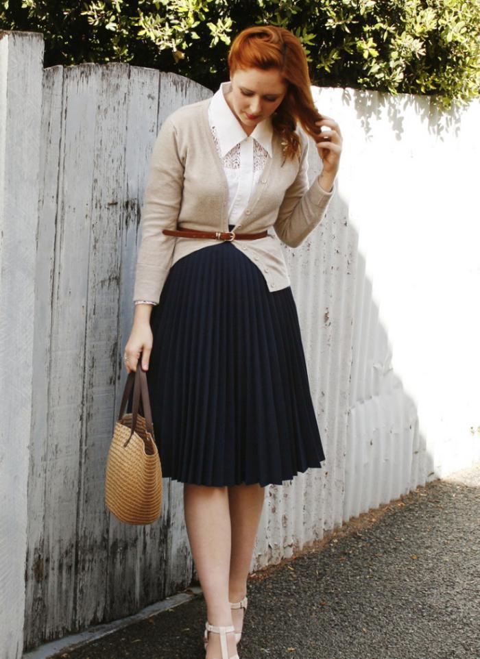 La jupe pliss e tenues modestes qui ne sont pas d mod es - Tenue avec jupe en cuir ...