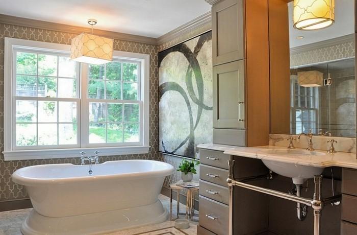 la-tapisserie-salle-de-bain-originale-idée-luxueuse-amenagement
