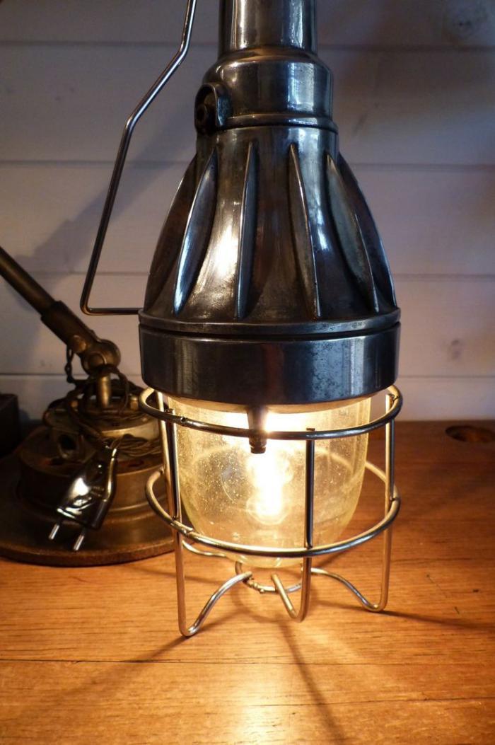 lampe-baladeuse-grande-baladeuse-industrielle