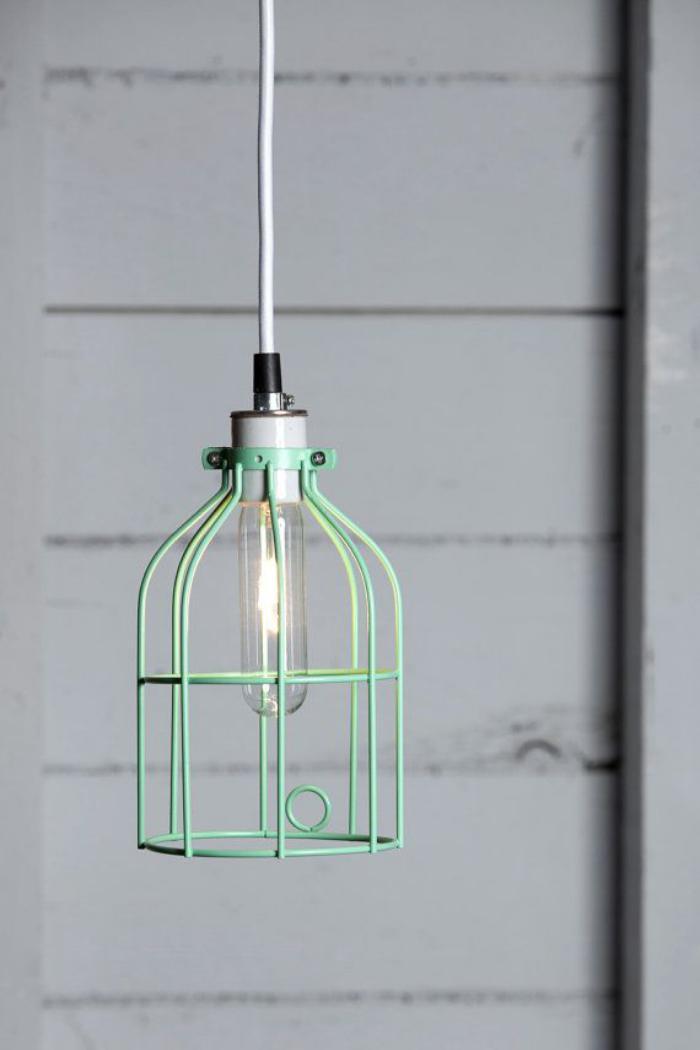 lampe-baladeuse-suspension-cage-verte