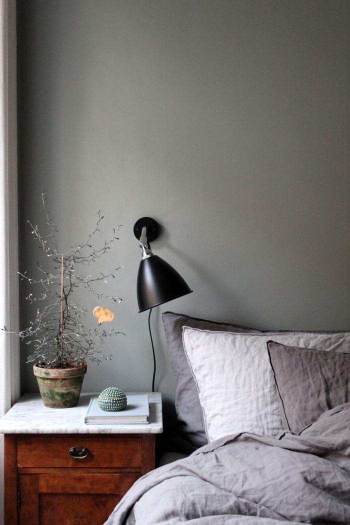 lampes-de-chevet-lampe-de-chevet-accrochée-au-mur