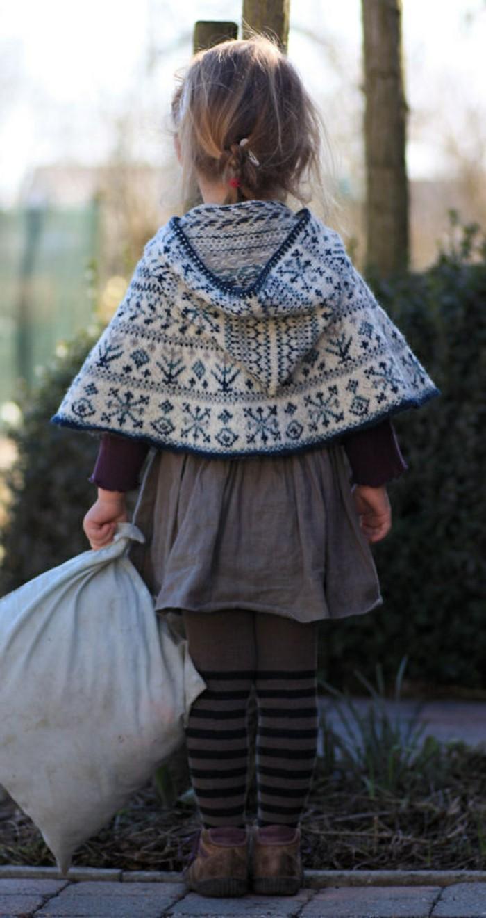 le-pull-en-jacquard-poncho-enfant-pull-Noël-cardigan-fille-mignon
