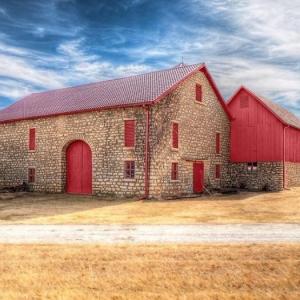 Les vieilles granges transformées en maisons lofts