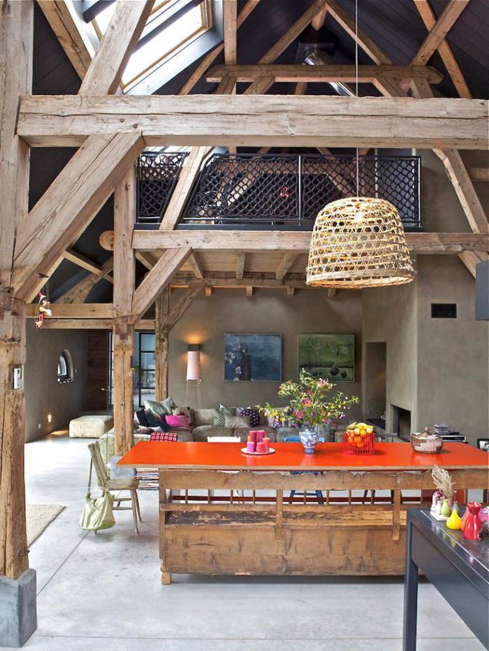 les vieilles granges transform es en maisons lofts. Black Bedroom Furniture Sets. Home Design Ideas