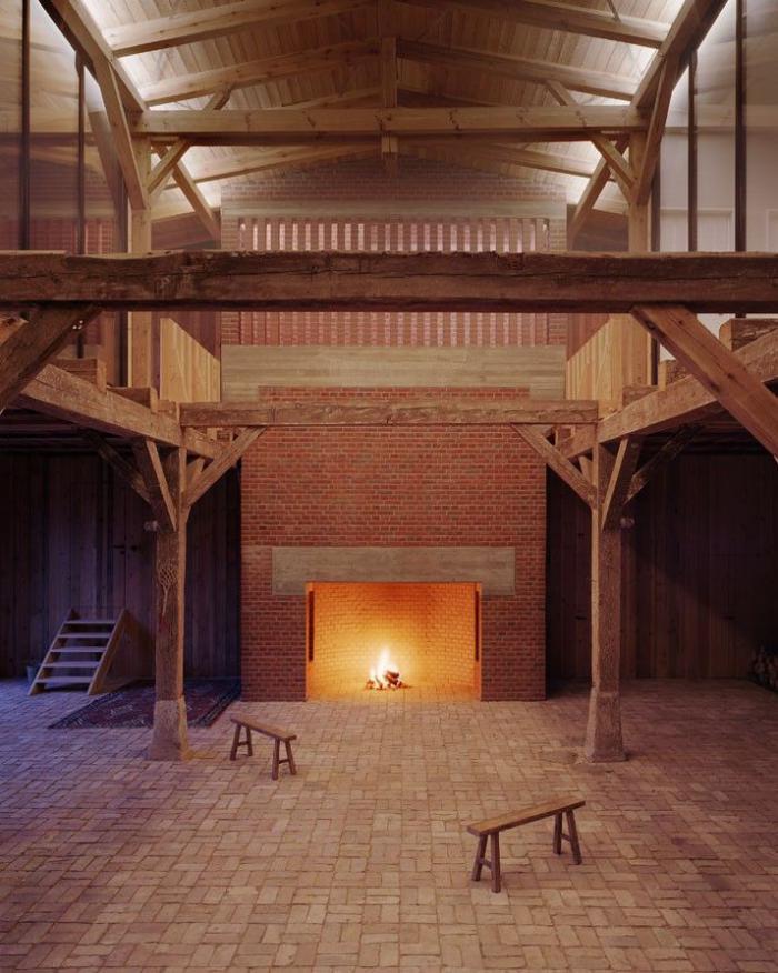 les-vieilles-granges-vieux-hangar-transformé-en-maison-attractive