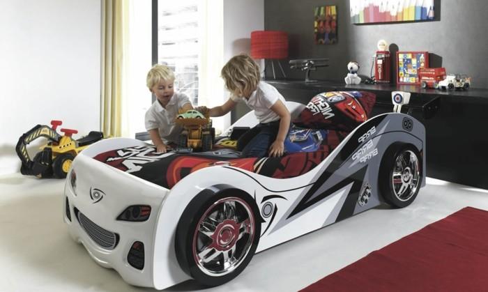 lit-superposé-voiture-lits-voiture-en-blanc-lit-voiture-cars-chambre-d-enfant-jouer