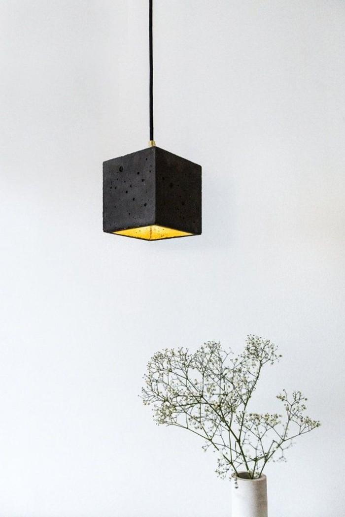 lustre-magnifique-noir-cube-vase-fleurs