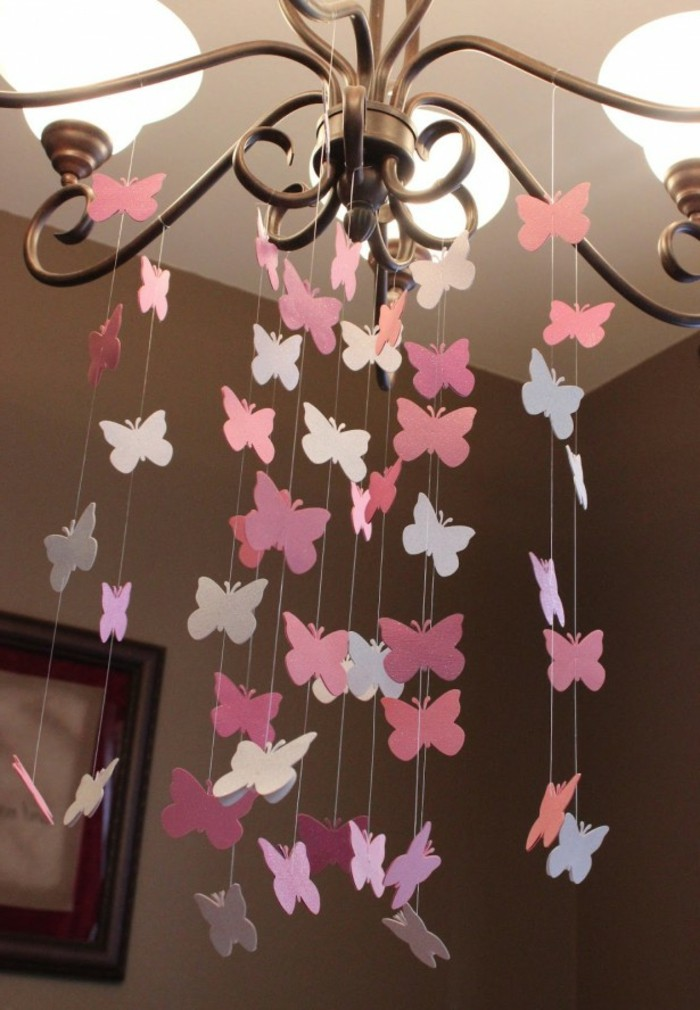 lustre-pour-chambre-bébé-lustre-pour-chambre-bebe-papillons