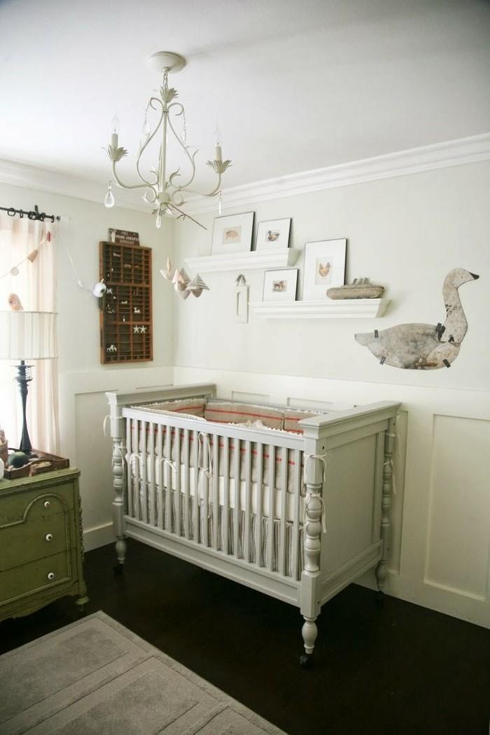magique-lustre-design-chandelier-bébé-chambre-cool-magique