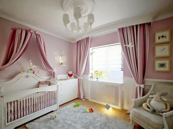 magique-lustre-design-chandelier-bébé-chambre-cool-rose