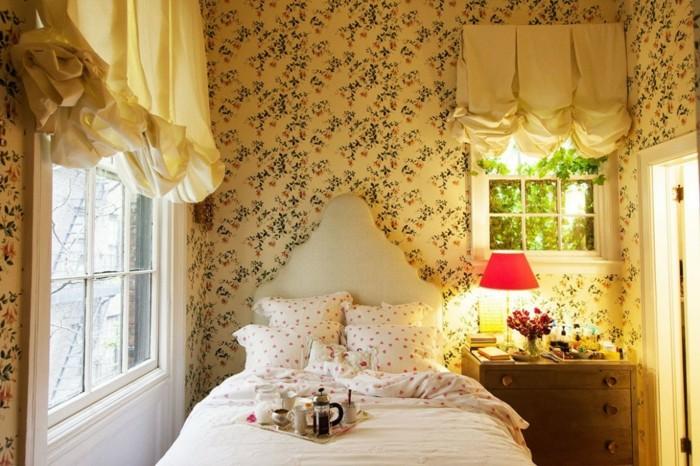 maison-papier-peint-vintage-papier-peint-baroque-fleurs
