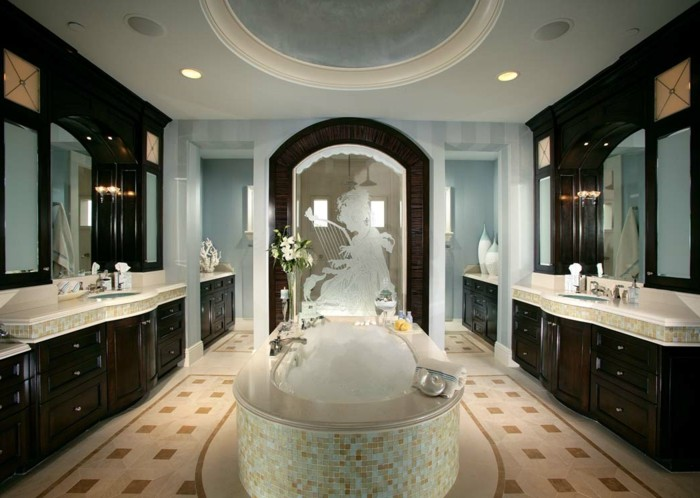 merveilleuse-salle-de-bain-avec-baignoire-de-luxe-cool-idée-design-mosaique