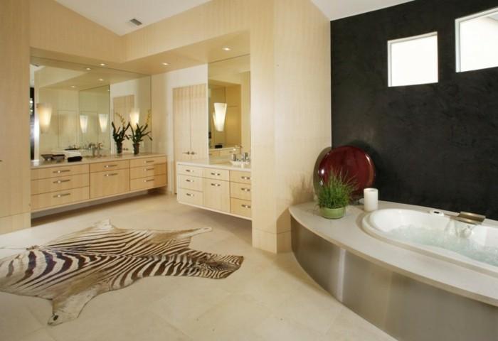 merveilleuse-salle-de-bain-avec-baignoire-ovale-de-luxe-cool-idée-design