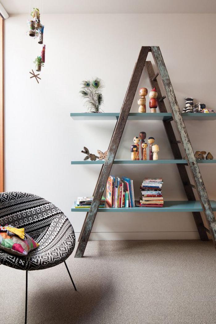 meubles-grange-échelle-autoportante-bois-de-grange