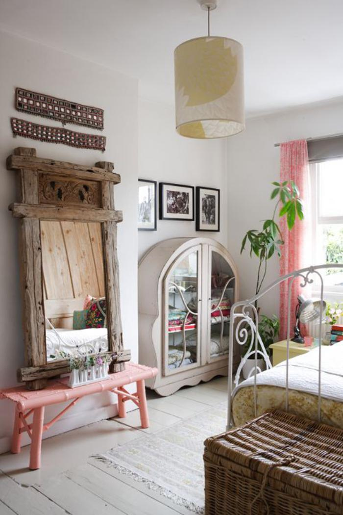Les meubles grange dans l 39 int rieur contemporain for Miroir bois de grange