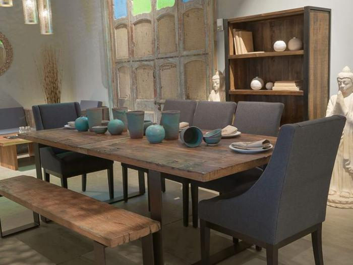 Les meubles grange dans l 39 int rieur contemporain for Table de salle a manger grange