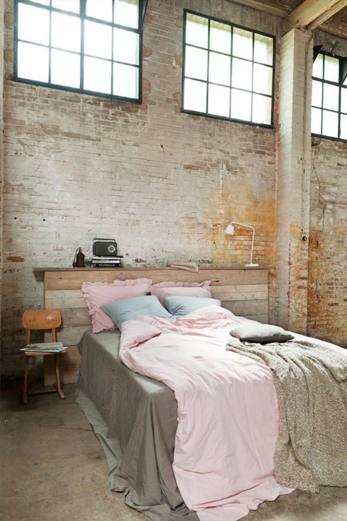 meubles-grange-tête-de-lit-grange-dans-une-magnifique-chambre-à-coucher