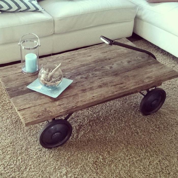 meubles-grange-table-basse-sur-roues