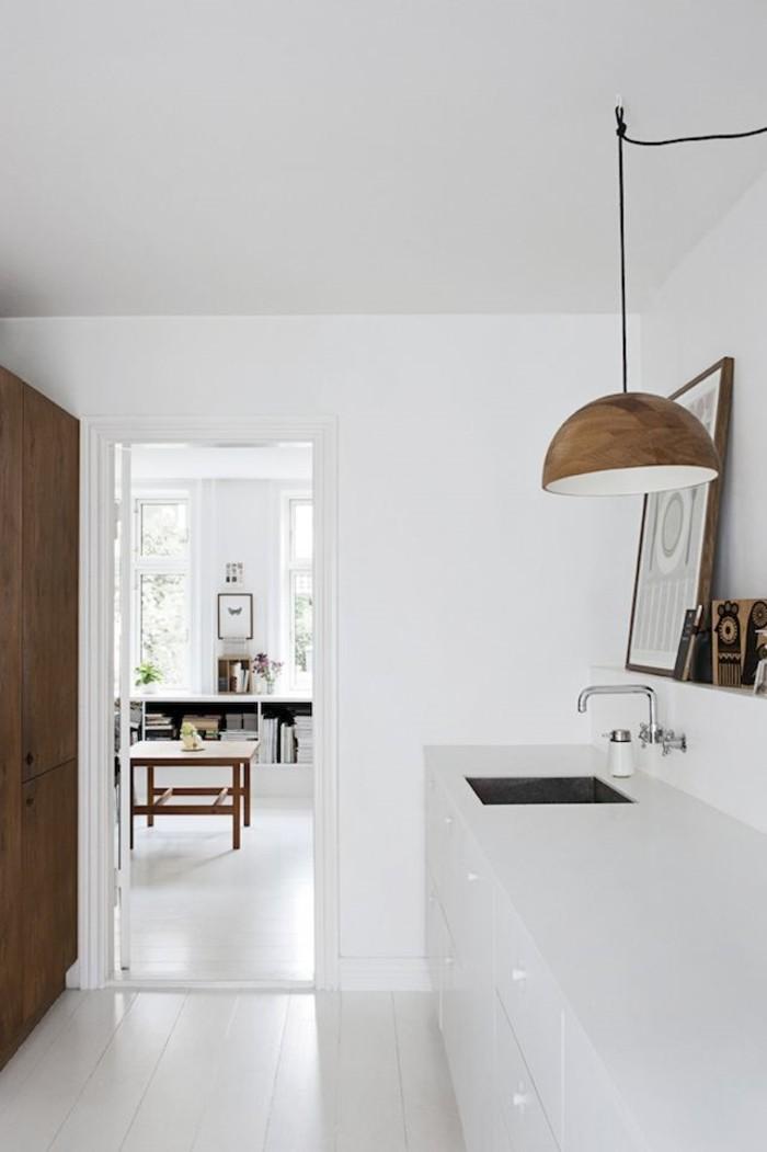moderne-lampe-a-poser-design-scandinave-blanc-gris-et-noir-cool
