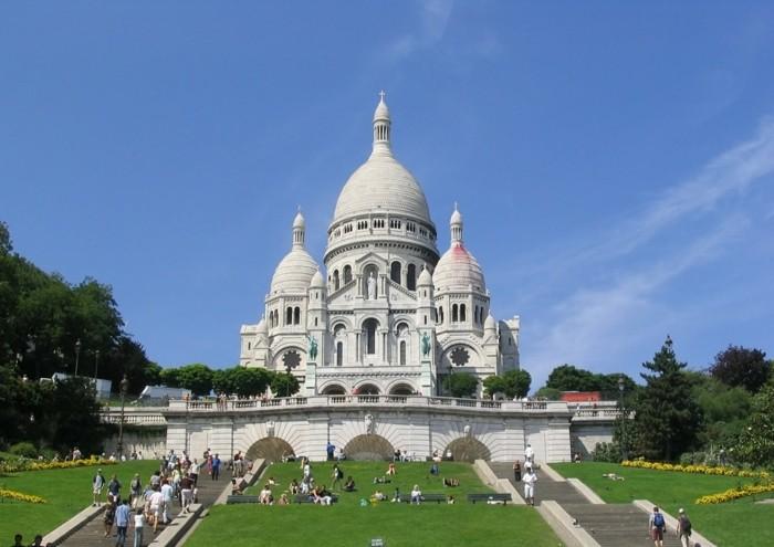 paris-sacré-coeur-à-paris-la-plus-belle-ville-du-monde-resized