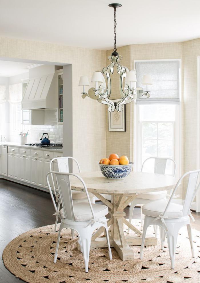 petit-tapis-rond-cuisine-élégante-en-couleurs-claires