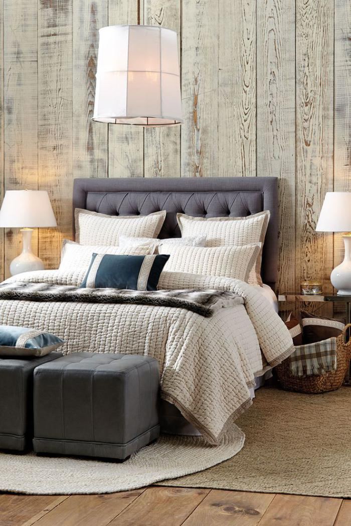 petit tapis rond, tapis en jute sous le lit, parement mural bois