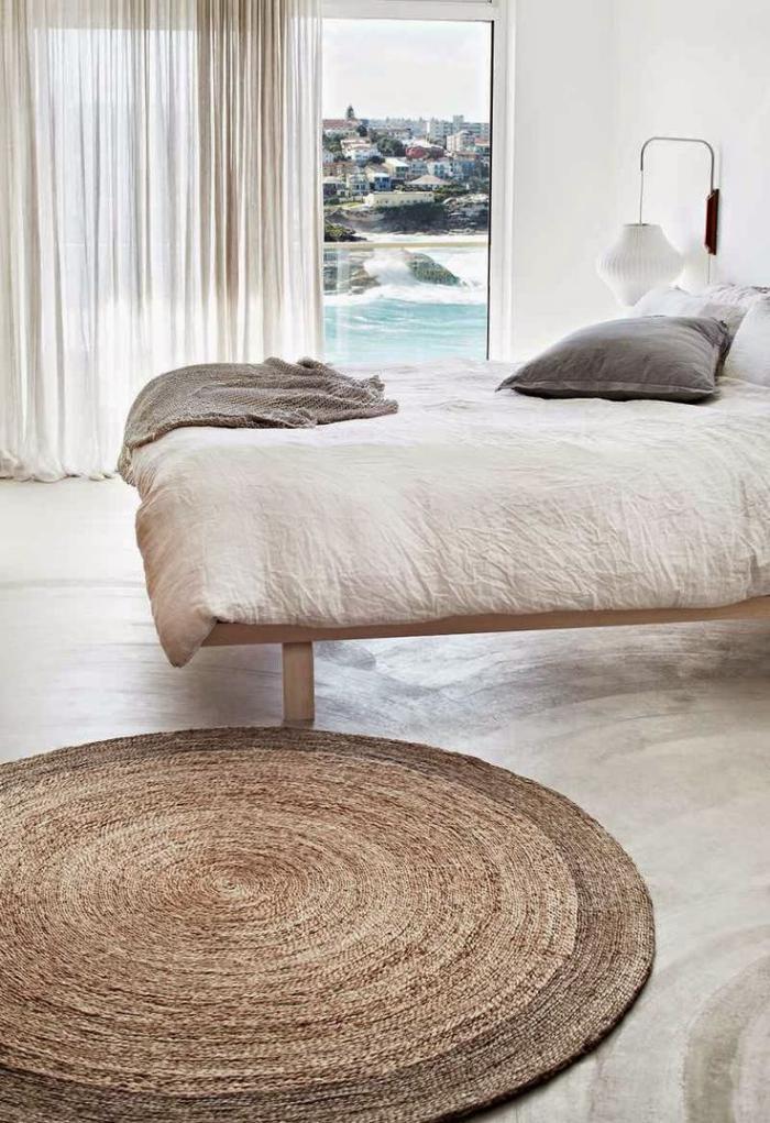 petit-tapis-rond-intérieur-élégant-chambre-à-coucher